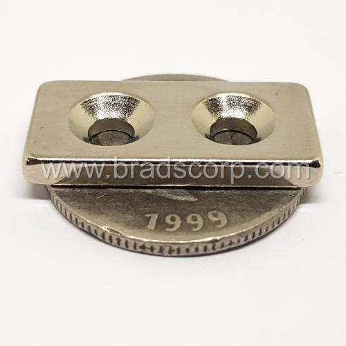 NdFeB 25mm L * 12mm W * 3mm H * d4mm / D8mm
